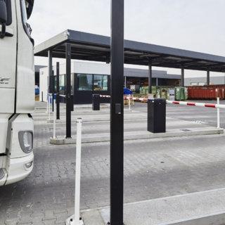 Bedieningspaal op middenberm auto en vrachtwagen