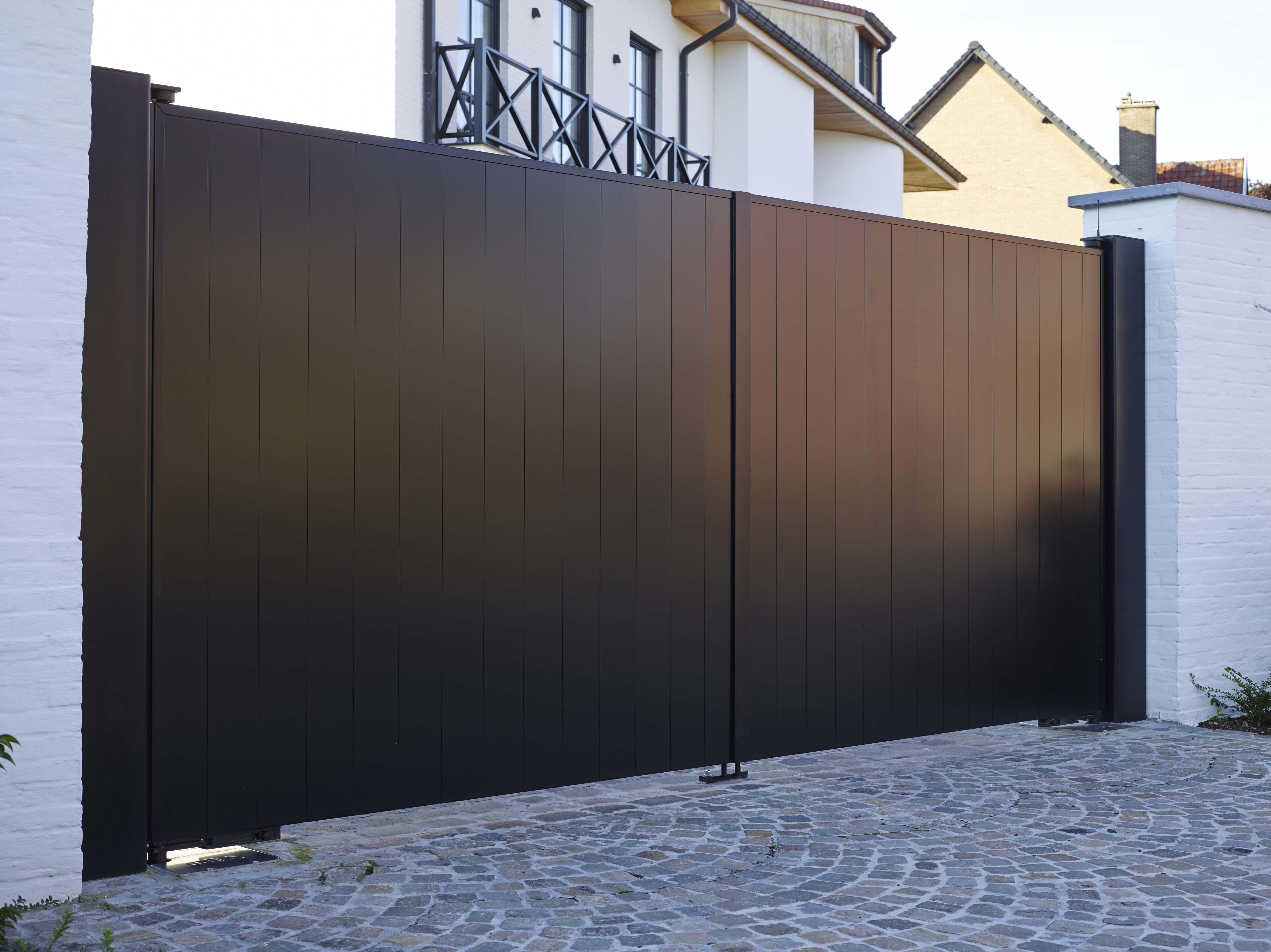 swing garage gates den foto hague the en doors gate swinging haag vleugelpoort